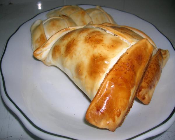Comida Típica Chilena: Empanada de Pino | CleanPress