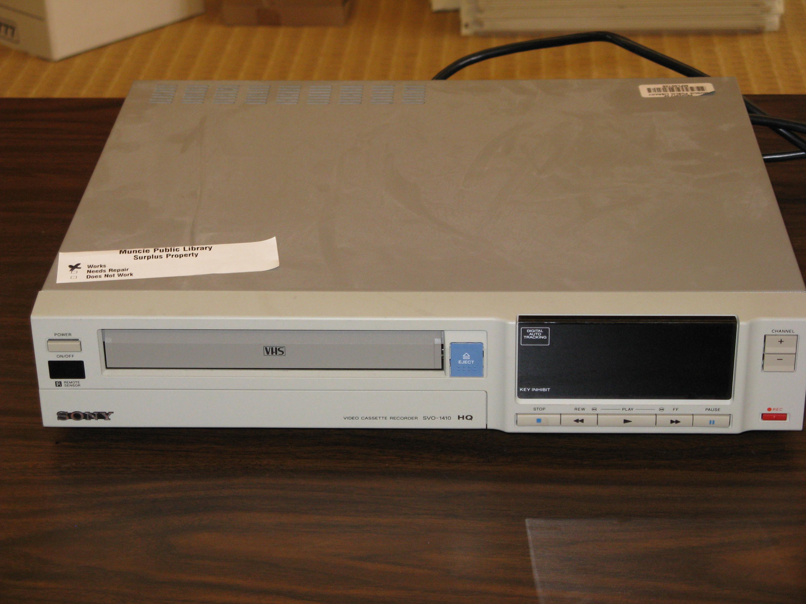 Como convertir Cintas VHS a DVD – CleanPress